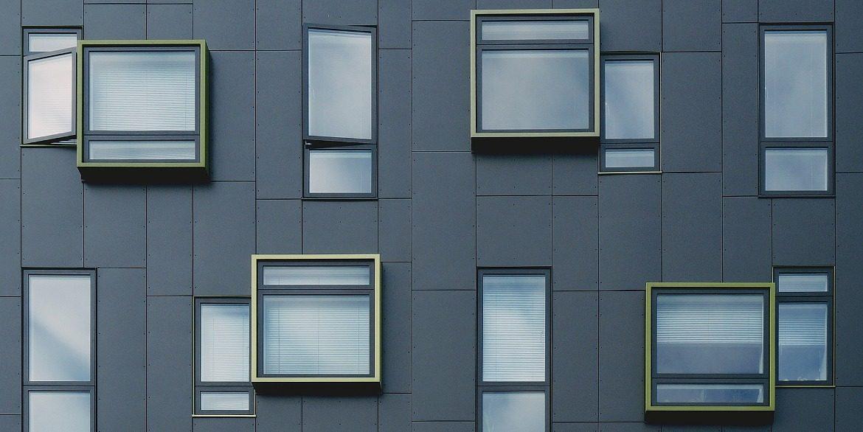 Фасадные панели из композита: технология и особенности производства АКП