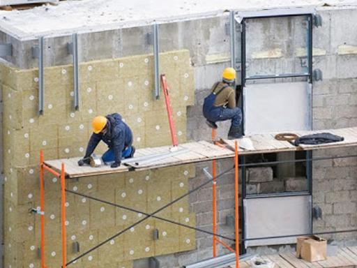 Монтаж вентильованого фасада